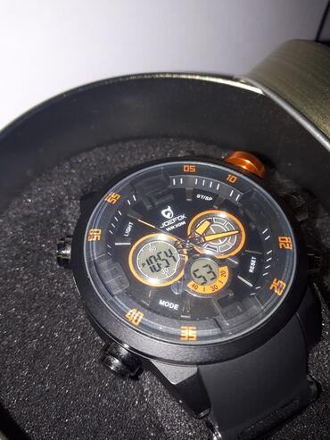 Ρολόι Joefox με το κουτί του, αχρησιμοποίητο και πολύ κομψό, έτοιμο να