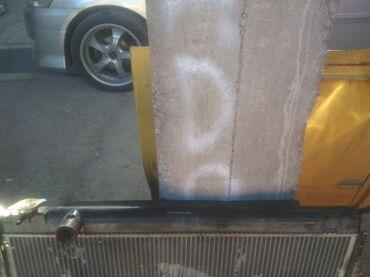 Крышки радиатора бочок тоета сиквоя