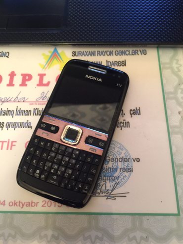E72 salam antik madel telefonlardan biridi arginaldi ref deil tam в Bakı