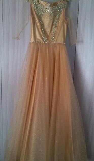 вечернее платье на выпускной в Кыргызстан: Платье вечернее одивала один раз на свадьбу шила на заказ размер 44 мо