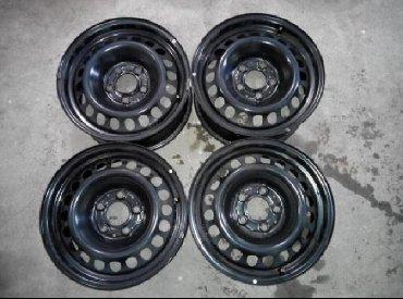 диски шкода r16 в Кыргызстан: Mercedes 210 R16 железки. Диски привозные, геометрия 100 %. Мерседес