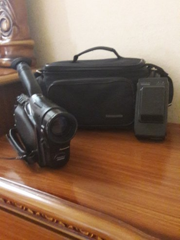 Bakı şəhərində panasonik kamera yaxwl veziyyetdedir xaricden allnln 300 azn satlram