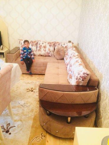 Bakı şəhərində Kunc divanin sifariwi