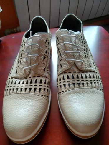 Продаю женские туфли б/у, в хорошем состоянии, размер 40. в Лебединовка
