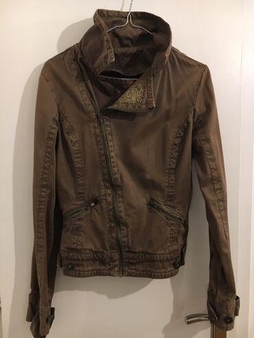 Zenska odeca i obuca - Srbija: AKCIJA! ! ! Prodajem vrlo atraktivnu prolecno-jesenju jaknu skupog fra