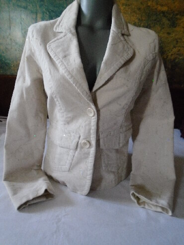 Sako somot - Srbija: Nežno bež sako/jaknica od finog somota (97% pamuka i 3% elastina)
