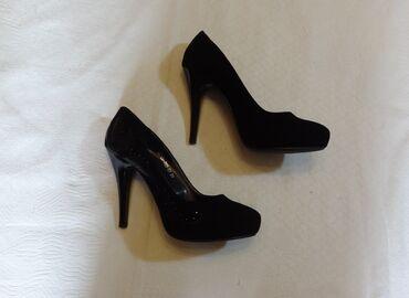 Туфли р.39 нарядные, натуральная замша, каблук 10 см, фирменные