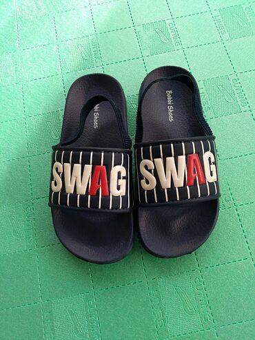 Decje papuce Bobbi Shoesbroj 30. Potpuno nove. Lake kao