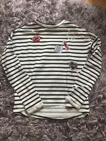 Fenomenalna decija bluza 140-175cm cena 1499