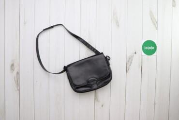 Жіноча чорна сумка-клатч    Висота: 21 см Довжина: 27 см  Стан: гарний