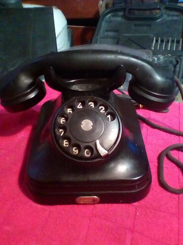 Stari bakelitni telefon,,Pupin,,ispravan