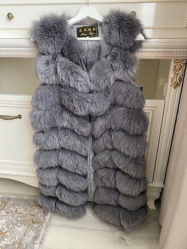 Женская одежда - Кыргызстан: Меховая жилетка. Продаю меховую жилетку Отличное состояние. Брала за