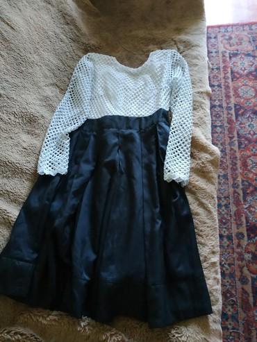 Платье гипюр верх, низ атлас в хорошем состоянии 44-46 размер 500 сом в Бишкек