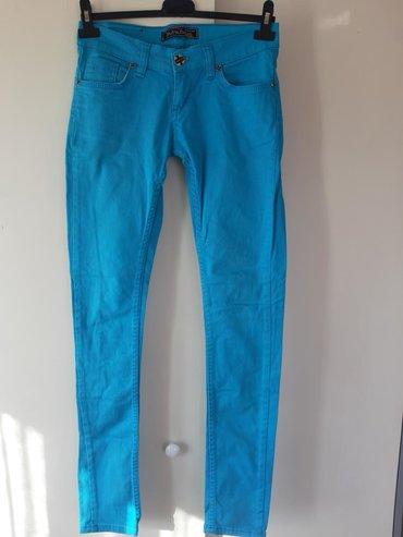 Zenske pantalone broj mis boja - Srbija: Zenske pantalone Broj 27