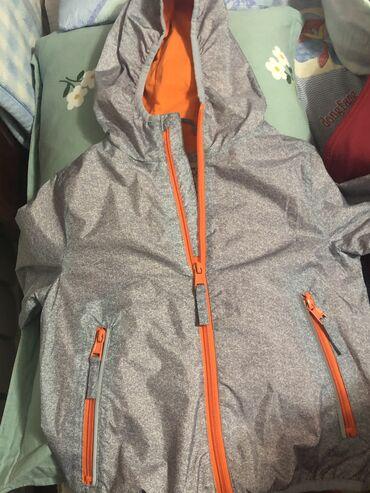 Курточка - ветровка, на 4 года