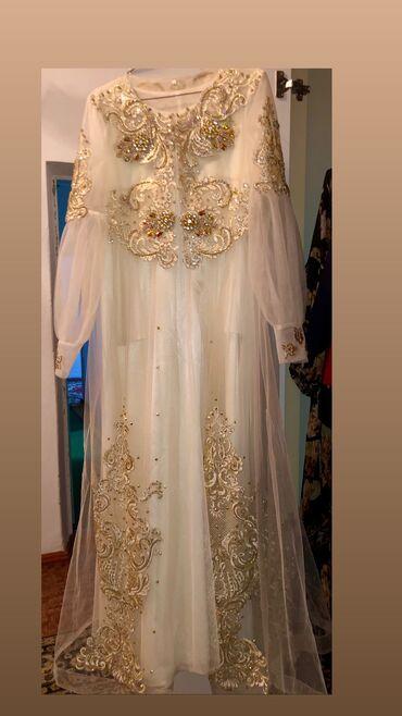 Продаю платье одевала один раз. Состояние идеальное. Цена договорная