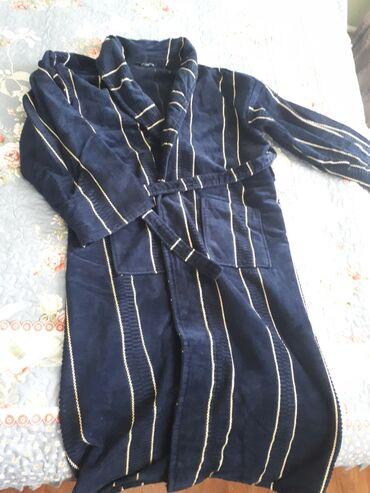 махровые халаты бишкек in Кыргызстан | ПЛАТЬЯ: Банный халат.Темно синий.Махровый.Пару раз надевали