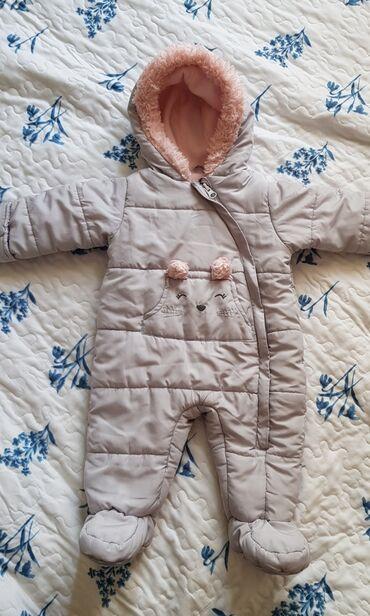 Комбинезон Carter's размер на 3-6 месяцев. В идеальном состоянии