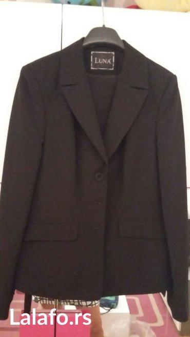 Crno odelo zensko jednom obuceno,kupljeno u luni,vel. 40 - Beograd