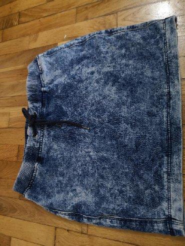 Zimska mini karirana suknja poluobim struka je - Srbija: Suknja je kao nova, mekan teksas, ima elastina Poluobim struka
