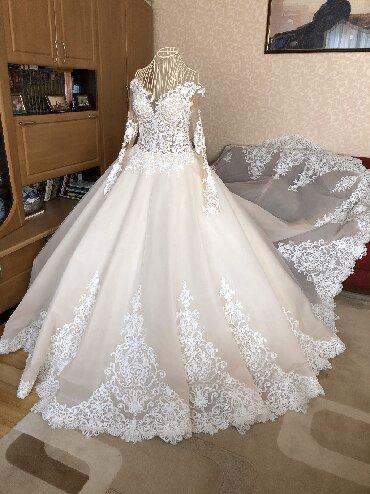 персиковое платье на свадьбу в Кыргызстан: Продаю свадебное платье! Платье было куплено в стамбуле, итальянский к
