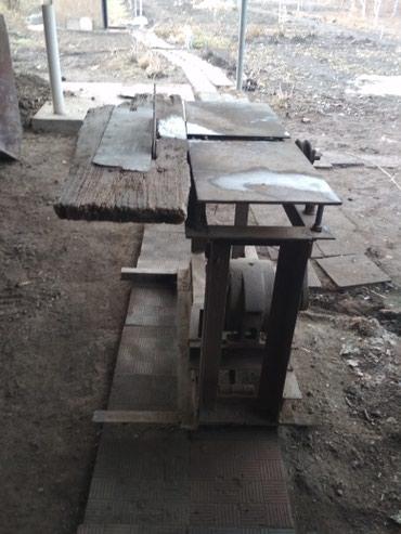 Циркулярка с фуганком, в рабочем состоянии. Село Садовое в Беловодское