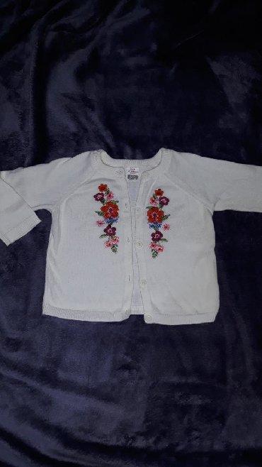Ostala dečija odeća | Valjevo: Prelep tanak dzempercic za devojcicu, velicina 74