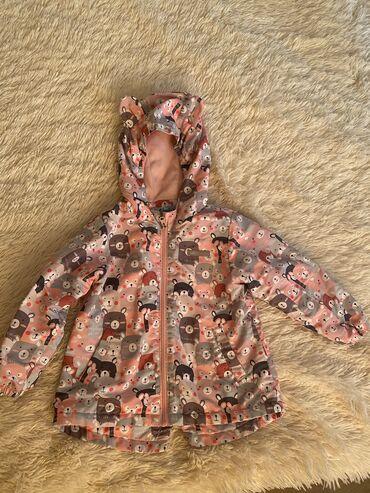 Детские флис - Кыргызстан: Продаётся детская б/у куртка на флисе,возраст на 3-4 года до 104
