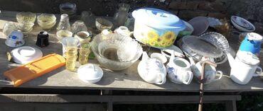 stol i taburetki na kuhnju в Кыргызстан: Продается посуда, стол и др вещи постельное белье в связи с переездом