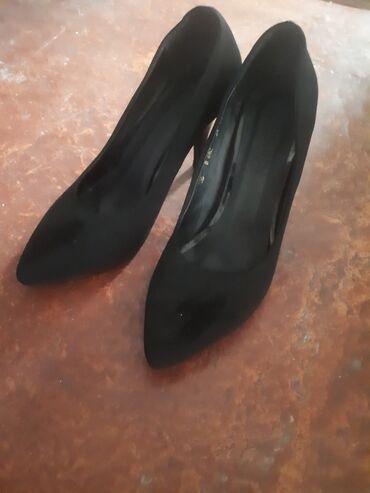 туфли-черные-женские в Кыргызстан: Туфли  Невысокий каблук