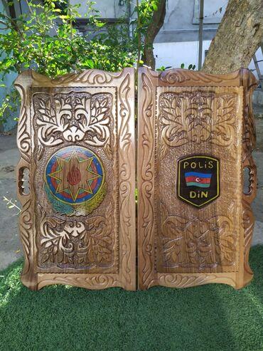 Nərdlər - Azərbaycan: Uzerine xususi zovqle el isi olan Gerb ve din emblemi islenmis qoz
