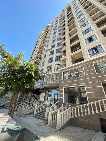 Недвижимость - Кыргызстан: Срочно родается коммерческое помещение в центре города!На первом