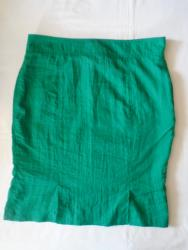 Suknja struka od - Srbija: Suknja od tanjeg kao šuškavog materijala, kao nagužvanog, napred ima