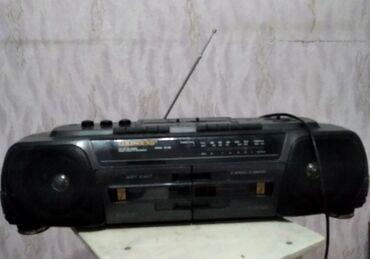 Динамики и музыкальные центры в Кара-Балта: Радиомагнитола касетник рабочий
