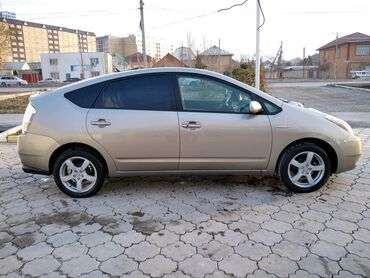 Toyota Prius 1.5 л. 2007   178000 км