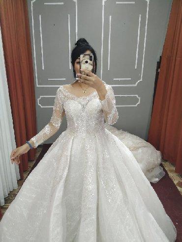 Свадебное платье расшитое стразамибисеромвсе блеститшикарное