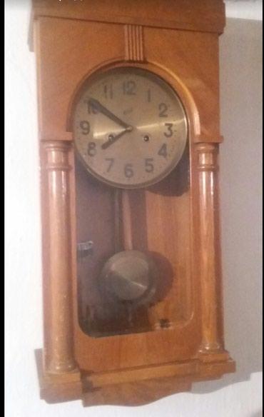 Продаются часы механические с маятником и с боем производство СССР в Бишкек