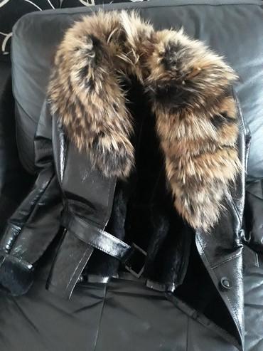 Huawei ascend y635 dual sim - Srbija: Ekstra kvalitetna kožna jakna sa krznom lisice. Piše na njoj XXL ali v