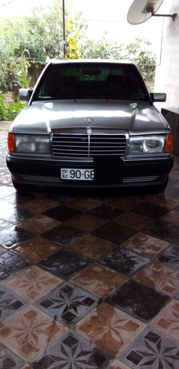 10562 elan   NƏQLIYYAT: Mercedes-Benz 190 1.8 l. 1992   400000 km