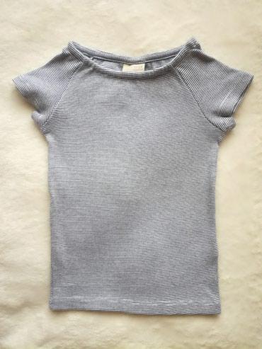 Zara majica za devojčice.Jako je elastična (98%pamuk i - Belgrade
