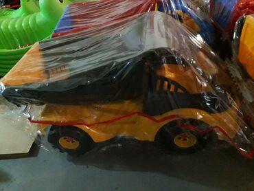 Kamion - Srbija: Velikiki kiper kamioni, zuti smo vec imali u ponudi a crvenonplavi