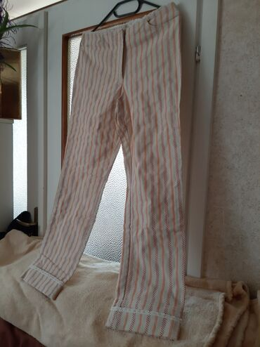 Ženska odeća | Crvenka: Platnene pantalone. Velicina 38