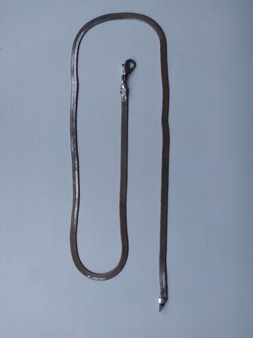 Личные вещи - Ала-Тоо: Продаю цепочку Серебро торг возможен. Чуть заржавело писать в вотсап