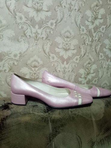 Продаю кожаные туфли. размер 36. в Бишкек