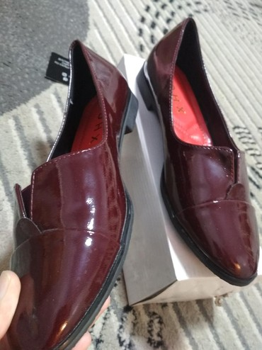 слипоны женские серебро в Кыргызстан: Женская обувь цвет - бордовый . Размер 38
