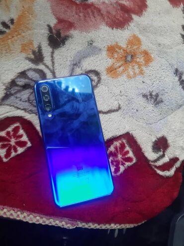 Sintezator na telefon - Кыргызстан: Б/у Xiaomi Mi 9 SE 64 ГБ Синий