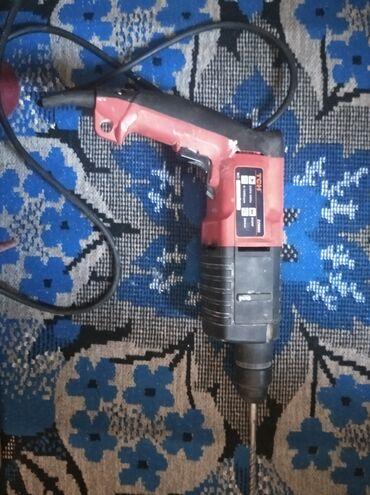 перфораторы pit в Кыргызстан: Перфоратор тсн, использовался несколько раз в домашних условиях. Есть