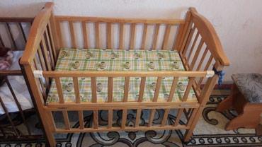 Продам кроватку в среднем состоянии(есть поломка)+бортики в Бишкек