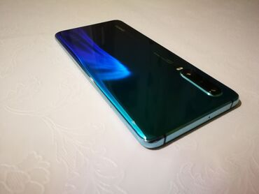 Huawei ets 388 - Srbija: P 30 6/128 gb12 meseci garancijePremium model (nije lite)Otpakovan