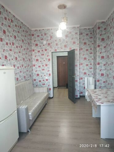 Сдается квартира: 9 комнат, 49 кв. м, Бишкек